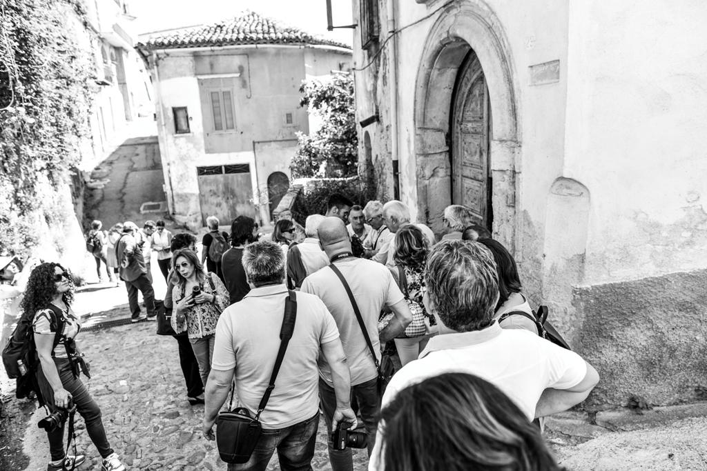 Invasione dei centri storici con Nostos